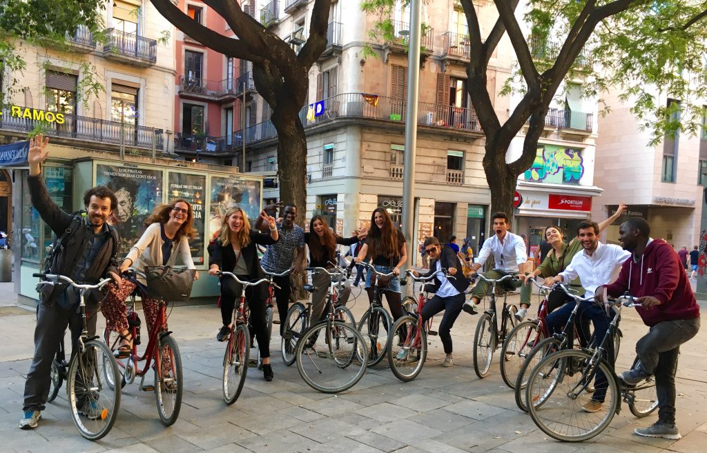 Una Barcelona diferente sobre ruedas junto a Invisible Beauty Makers