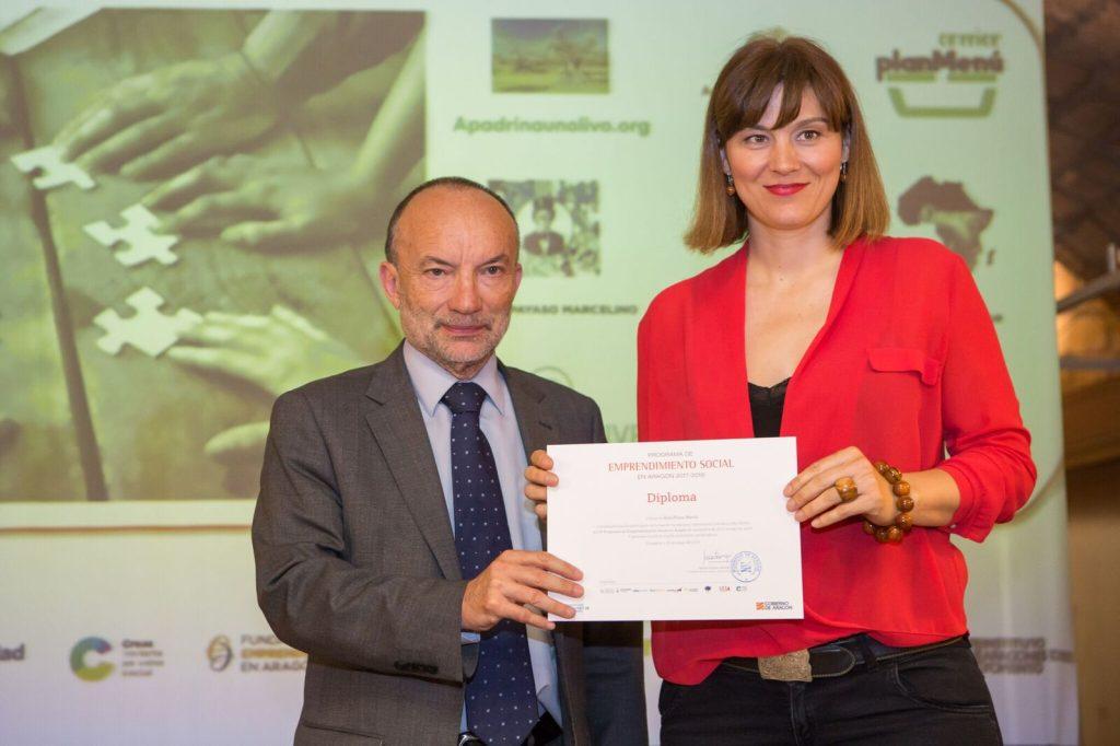Imagen finalista de Apadrinaunolivo.org en el IV Foro de Emprendimiento Social en Aragón