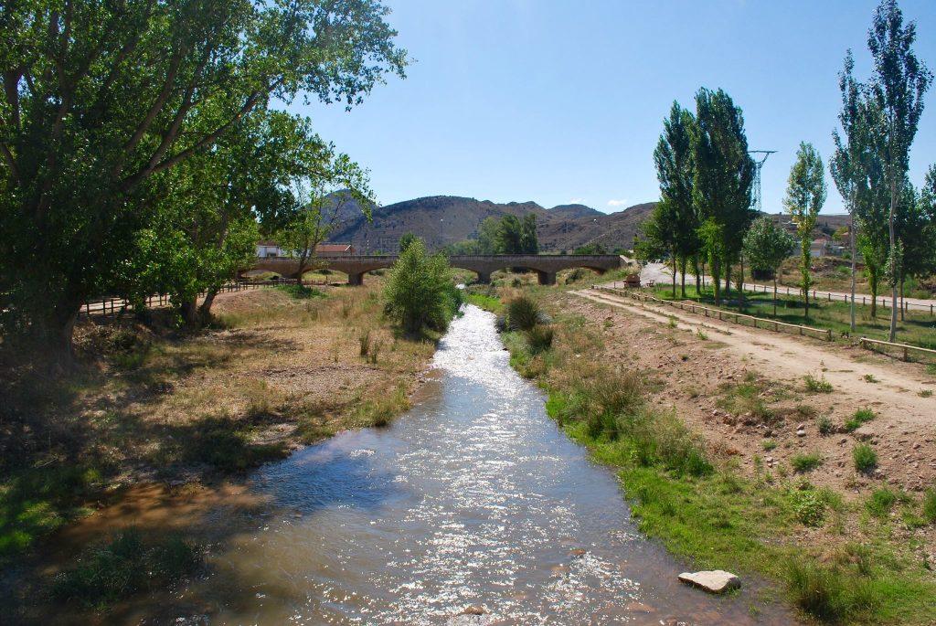 Imagen del río Martín, al aguas del embalse